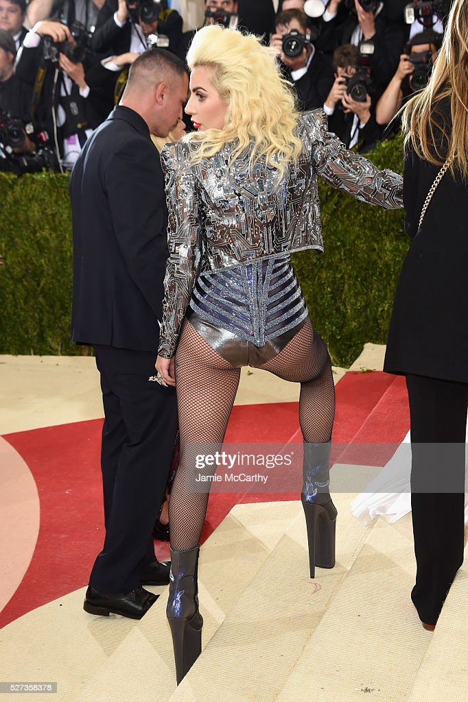 Lady Gaga attends the 'Manus x Machina: Fashion In An Age Of Technology' Costume Institute Gala at Metropolitan Museum of Art on May 2, 2016 in New York City.