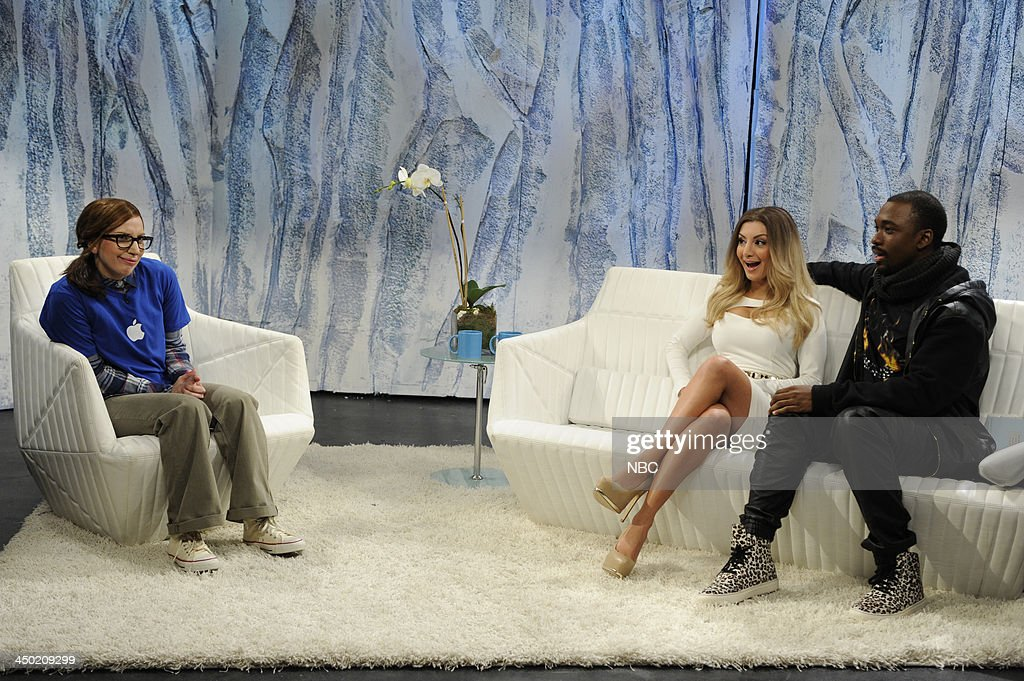 LIVE -- '<a gi-track='captionPersonalityLinkClicked' href=/galleries/search?phrase=Lady+Gaga&family=editorial&specificpeople=4456754 ng-click='$event.stopPropagation()'>Lady Gaga</a>' Episode 1647 -- Pictured: (l-r) <a gi-track='captionPersonalityLinkClicked' href=/galleries/search?phrase=Lady+Gaga&family=editorial&specificpeople=4456754 ng-click='$event.stopPropagation()'>Lady Gaga</a> as Apple Genius Bar employee, <a gi-track='captionPersonalityLinkClicked' href=/galleries/search?phrase=Nasim+Pedrad&family=editorial&specificpeople=6229850 ng-click='$event.stopPropagation()'>Nasim Pedrad</a> as Kim Kardashian, <a gi-track='captionPersonalityLinkClicked' href=/galleries/search?phrase=Jay+Pharoah&family=editorial&specificpeople=7252581 ng-click='$event.stopPropagation()'>Jay Pharoah</a> as <a gi-track='captionPersonalityLinkClicked' href=/galleries/search?phrase=Kanye+West+-+Musician&family=editorial&specificpeople=201803 ng-click='$event.stopPropagation()'>Kanye West</a> during Waking Up with Kimye skit--