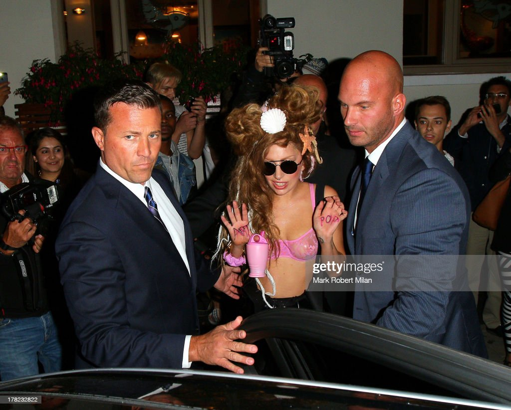 <a gi-track='captionPersonalityLinkClicked' href=/galleries/search?phrase=Lady+Gaga&family=editorial&specificpeople=4456754 ng-click='$event.stopPropagation()'>Lady Gaga</a> leaves The Sea Shell of Lisson Grove on August 27, 2013 in London, England.