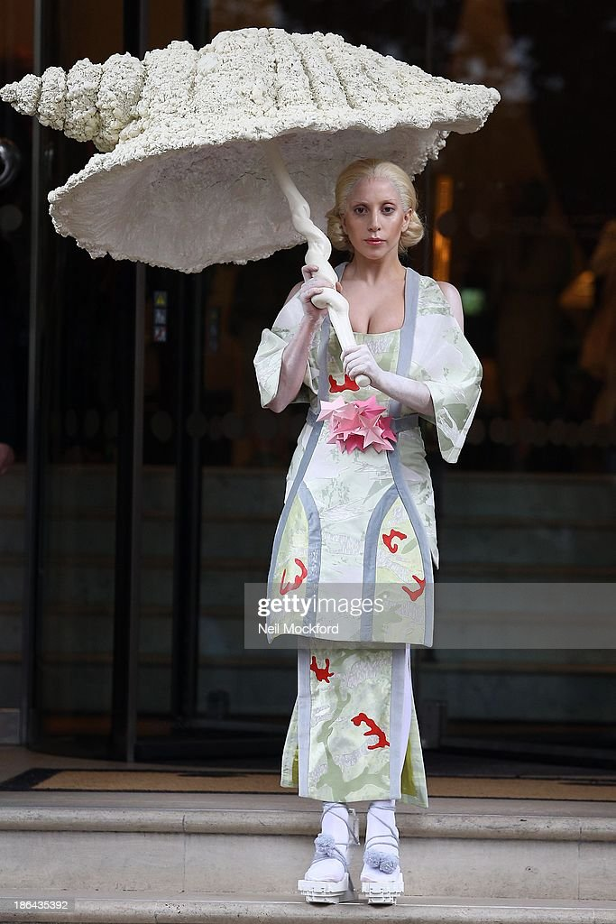 <a gi-track='captionPersonalityLinkClicked' href=/galleries/search?phrase=Lady+Gaga&family=editorial&specificpeople=4456754 ng-click='$event.stopPropagation()'>Lady Gaga</a> seen leaving her hotel on October 31, 2013 in London, England.