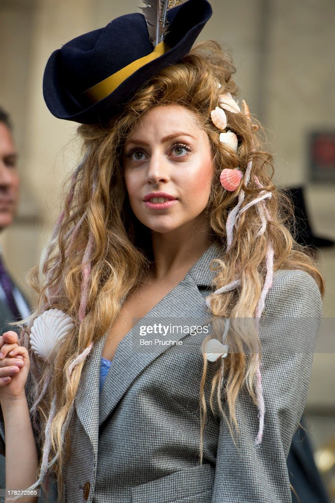 <a gi-track='captionPersonalityLinkClicked' href=/galleries/search?phrase=Lady+Gaga&family=editorial&specificpeople=4456754 ng-click='$event.stopPropagation()'>Lady Gaga</a> sighted departing her hotel on August 28, 2013 in London, England.