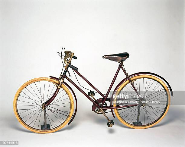Lady's club sports model made by Swift of Coventry Ltd with dropout axles and caliper brakes to give ease and comfort on long runs The frame is made...