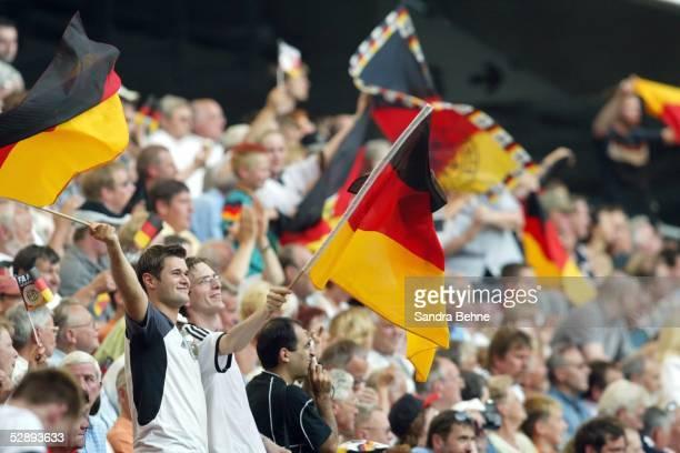 Laenderspiel 2003 Wolfsburg Deutschland Kanada 41 Fans Deutschland