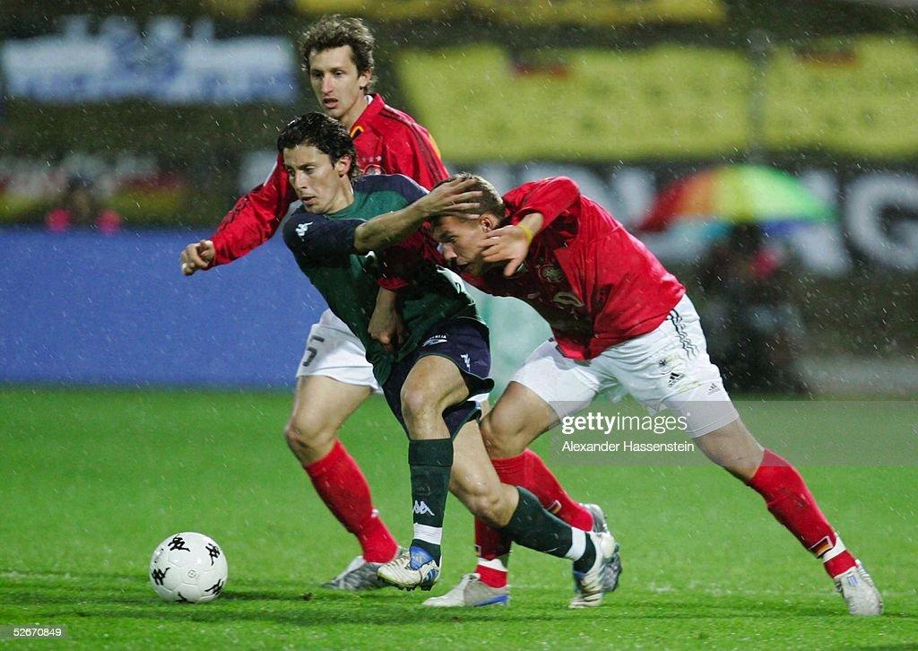 Laenderspiel 2005 Celje 260305 Slowenien Deutschland Frank BAUMANN/GER Robert KOREN/SVN Lukas PODOLSKI/GER