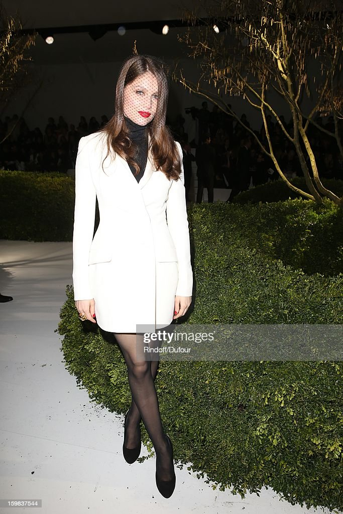 <a gi-track='captionPersonalityLinkClicked' href=/galleries/search?phrase=Laetitia+Casta&family=editorial&specificpeople=203075 ng-click='$event.stopPropagation()'>Laetitia Casta</a> attends the Christian Dior Spring/Summer 2013 Haute-Couture show as part of Paris Fashion Week at on January 21, 2013 in Paris, France.