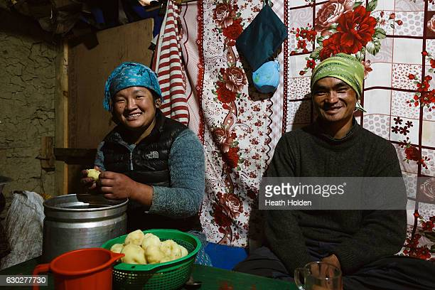 Lahkpa Nuru a mountain working porter visits his sister who lives in Thame village on September 23 2016 in Thame Nepal The trails in the SoluKhumbu...