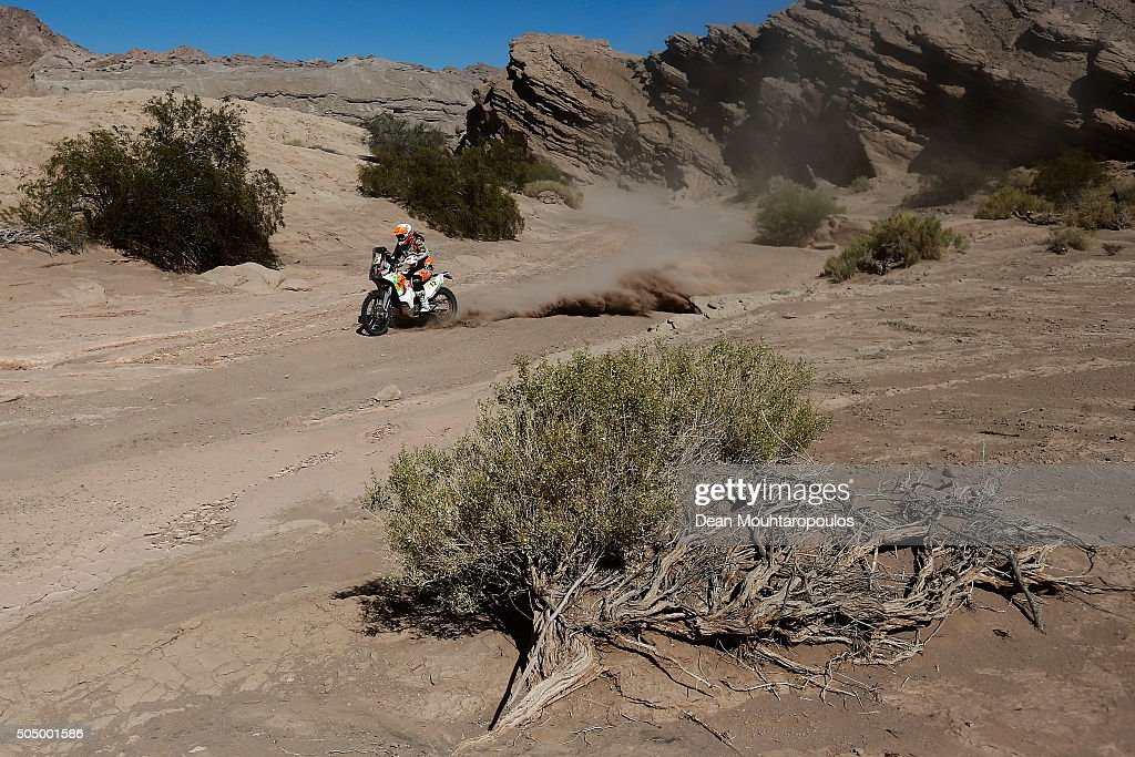 <a gi-track='captionPersonalityLinkClicked' href=/galleries/search?phrase=Laia+Sanz&family=editorial&specificpeople=6375594 ng-click='$event.stopPropagation()'>Laia Sanz</a> of Spain riding on and for KTM 450 RALLY REPLICA KTM RACING TEAM compete on day 12 / stage eleven between La Rioja to San Juan during the 2016 Dakar Rally on January 14, 2016 near San Juan, Argentina.