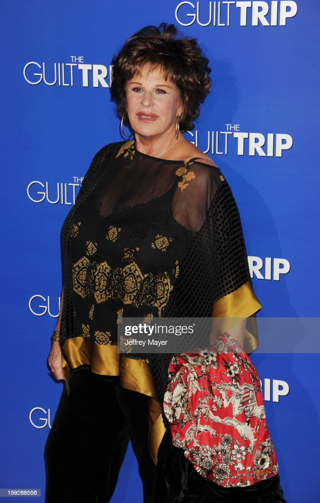 Lainie Kazan arrives at the 'The Guilt Trip' - Los Angeles Premiere at Regency Village Theatre on December 11, 2012 in Westwood, California.