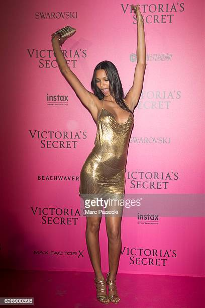 Lais Ribeiro attends '2016 Victoria's Secret Fashion Show' after show photocall at Le Grand Palais on November 30 2016 in Paris France