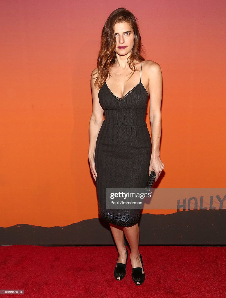 <a gi-track='captionPersonalityLinkClicked' href=/galleries/search?phrase=Lake+Bell&family=editorial&specificpeople=209336 ng-click='$event.stopPropagation()'>Lake Bell</a> arrives at the 2013 Whitney Gala and Studio Party at Skylight at Moynihan Station on October 23, 2013 in New York City.
