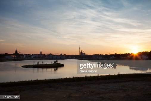 lake Phoenix Dortmund skyline