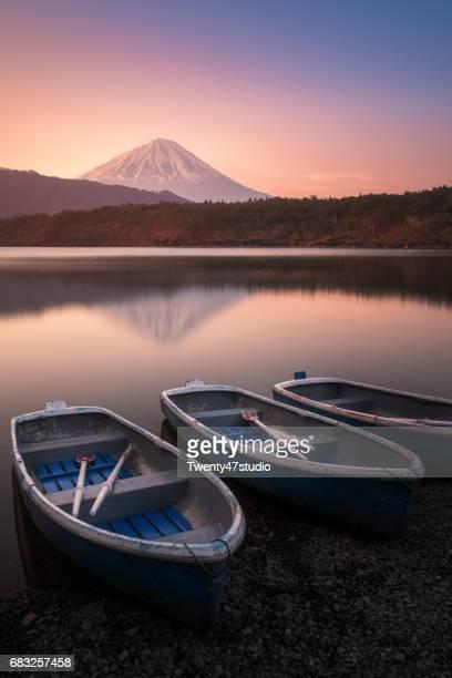 Lake Saito in morning