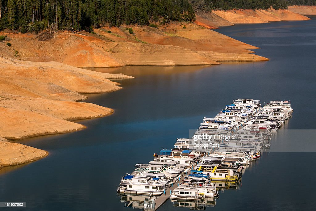 Lake Shasta California's largest water reservoir feeding the Sacramento River is at 46% capacity and at historically low levels impacting tourism and...
