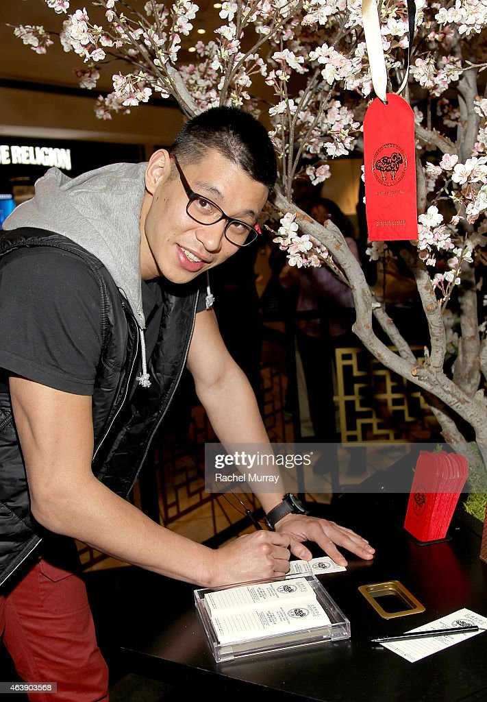 LA Laker <a gi-track='captionPersonalityLinkClicked' href=/galleries/search?phrase=Jeremy+Lin&family=editorial&specificpeople=6669516 ng-click='$event.stopPropagation()'>Jeremy Lin</a> attends Beverly Center Lunar New Year celebration on February 19, 2015 in Los Angeles, California.