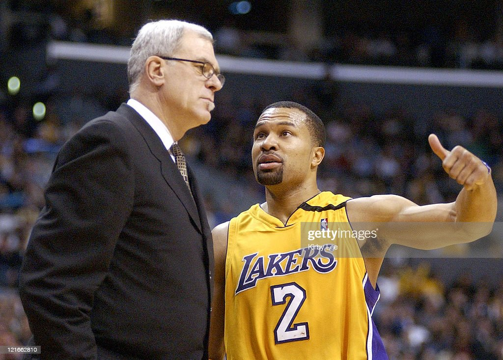 Lakers coach <a gi-track='captionPersonalityLinkClicked' href=/galleries/search?phrase=Phil+Jackson&family=editorial&specificpeople=201756 ng-click='$event.stopPropagation()'>Phil Jackson</a> (left) and <a gi-track='captionPersonalityLinkClicked' href=/galleries/search?phrase=Derek+Fisher&family=editorial&specificpeople=201724 ng-click='$event.stopPropagation()'>Derek Fisher</a>.