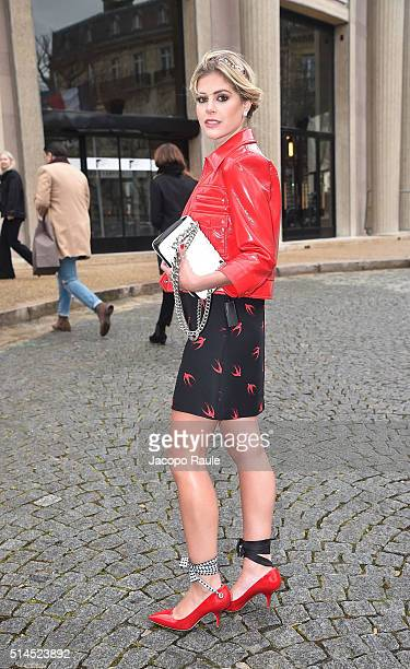 Lala Rudge attends the Miu Miu show as part of the Paris Fashion Week Womenswear Fall Winter 2016/2017 on March 9 2016 in Paris France
