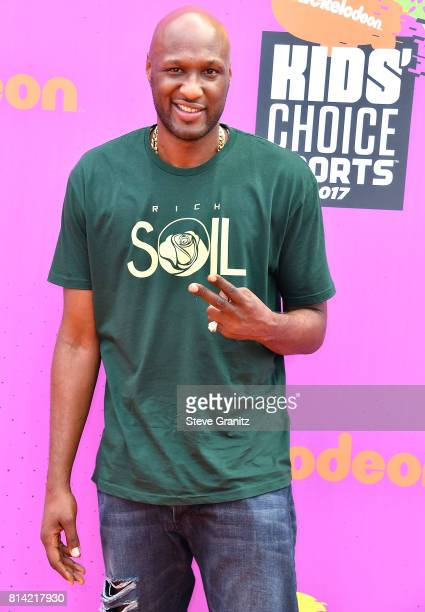Lamar Odom arrives at the Nickelodeon Kids' Choice Sports Awards 2017 at Pauley Pavilion on July 13 2017 in Los Angeles California