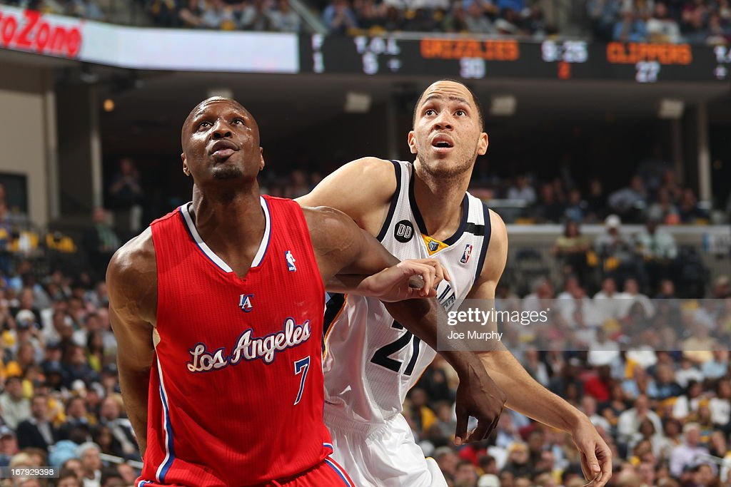 <a gi-track='captionPersonalityLinkClicked' href=/galleries/search?phrase=Lamar+Odom&family=editorial&specificpeople=201519 ng-click='$event.stopPropagation()'>Lamar Odom</a> #7 of the Los Angeles Clippers boxes out <a gi-track='captionPersonalityLinkClicked' href=/galleries/search?phrase=Tayshaun+Prince&family=editorial&specificpeople=201553 ng-click='$event.stopPropagation()'>Tayshaun Prince</a> #21 of the Memphis Grizzlies in Game Three of the Western Conference Quarterfinals during the 2013 NBA Playoffs on April 25, 2013 at FedExForum in Memphis, Tennessee.