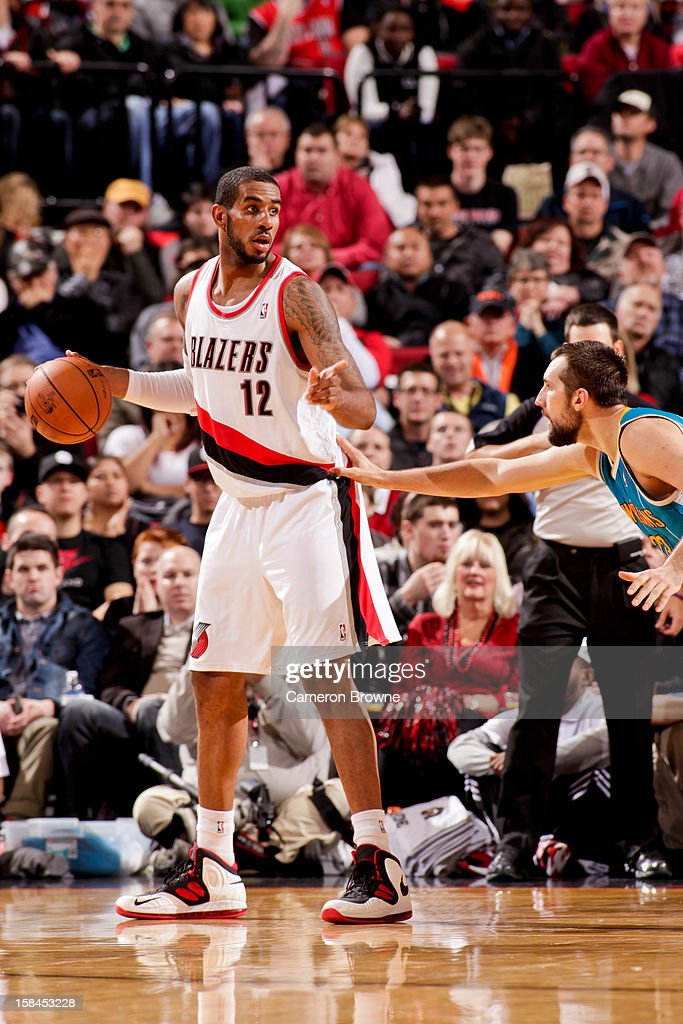 <a gi-track='captionPersonalityLinkClicked' href=/galleries/search?phrase=LaMarcus+Aldridge&family=editorial&specificpeople=453277 ng-click='$event.stopPropagation()'>LaMarcus Aldridge</a> #12 of the Portland Trail Blazers directs his teammates against the New Orleans Hornets on December 16, 2012 at the Rose Garden Arena in Portland, Oregon.