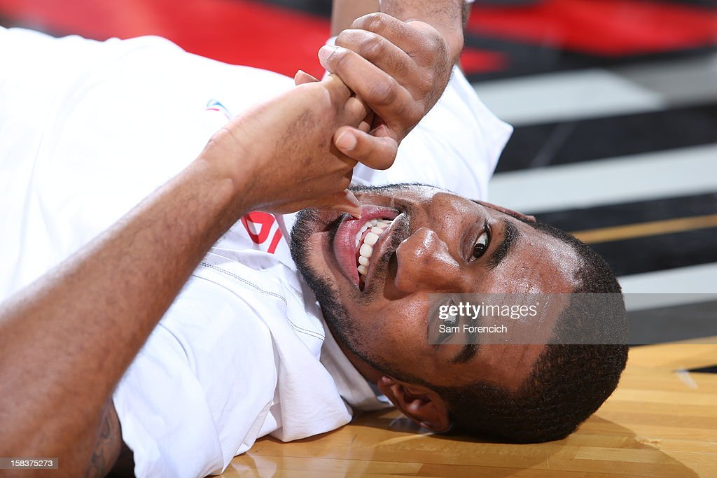 <a gi-track='captionPersonalityLinkClicked' href=/galleries/search?phrase=LaMarcus+Aldridge&family=editorial&specificpeople=453277 ng-click='$event.stopPropagation()'>LaMarcus Aldridge</a> #12 of the Portland Trail Blazers getting ready before the game against the San Antonio Spurs on December 13, 2012 at the Rose Garden Arena in Portland, Oregon.