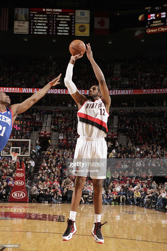 LaMarcus Aldridge #12 of the Portland Trail Blazers goes for a jump shot during the game between the Philadelphia 76ers and the Portland Trail Blazers on December 29, 2012 at the Rose Garden Arena in Portland, Oregon.