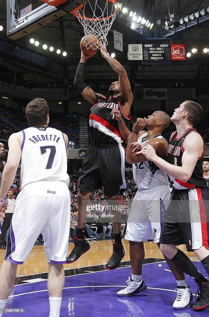 <a gi-track='captionPersonalityLinkClicked' href=/galleries/search?phrase=LaMarcus+Aldridge&family=editorial&specificpeople=453277 ng-click='$event.stopPropagation()'>LaMarcus Aldridge</a> #12 of the Portland Trail Blazers goes up for the shot against <a gi-track='captionPersonalityLinkClicked' href=/galleries/search?phrase=Chuck+Hayes&family=editorial&specificpeople=206129 ng-click='$event.stopPropagation()'>Chuck Hayes</a> #42 of the Sacramento Kings on December 23, 2012 at Sleep Train Arena in Sacramento, California.