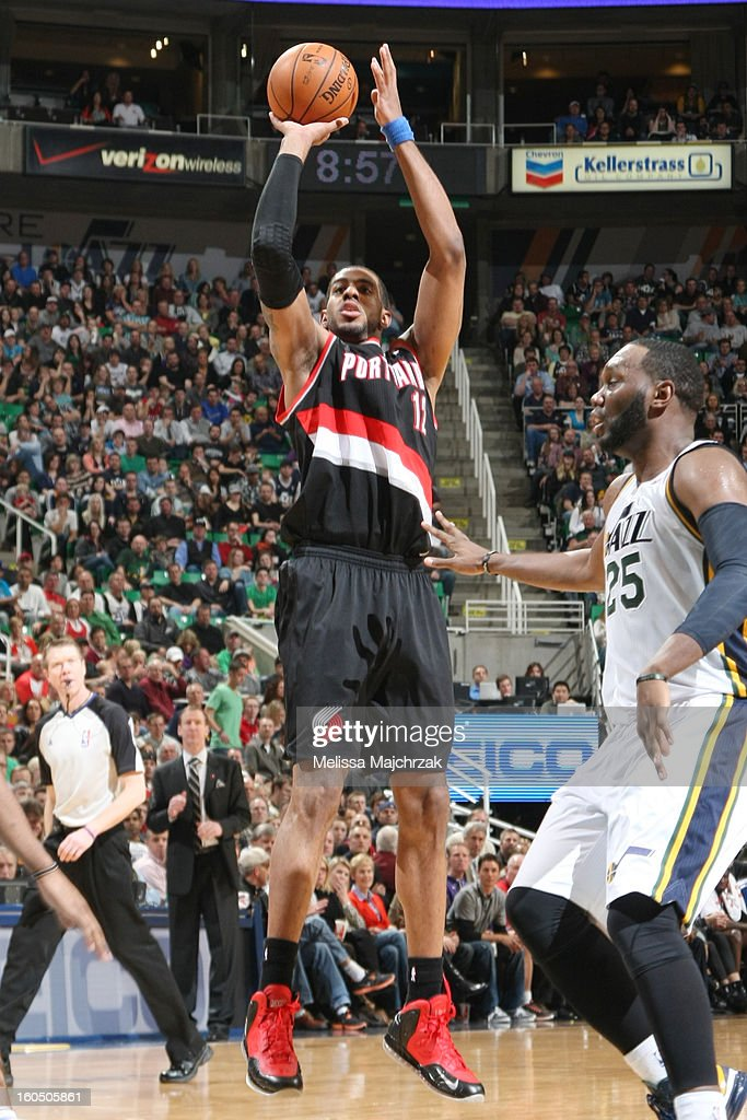 <a gi-track='captionPersonalityLinkClicked' href=/galleries/search?phrase=LaMarcus+Aldridge&family=editorial&specificpeople=453277 ng-click='$event.stopPropagation()'>LaMarcus Aldridge</a> #12 of the Portland Trail Blazers shoots against <a gi-track='captionPersonalityLinkClicked' href=/galleries/search?phrase=Al+Jefferson&family=editorial&specificpeople=201604 ng-click='$event.stopPropagation()'>Al Jefferson</a> #25 of the Utah Jazz at Energy Solutions Arena on February 01, 2013 in Salt Lake City, Utah.