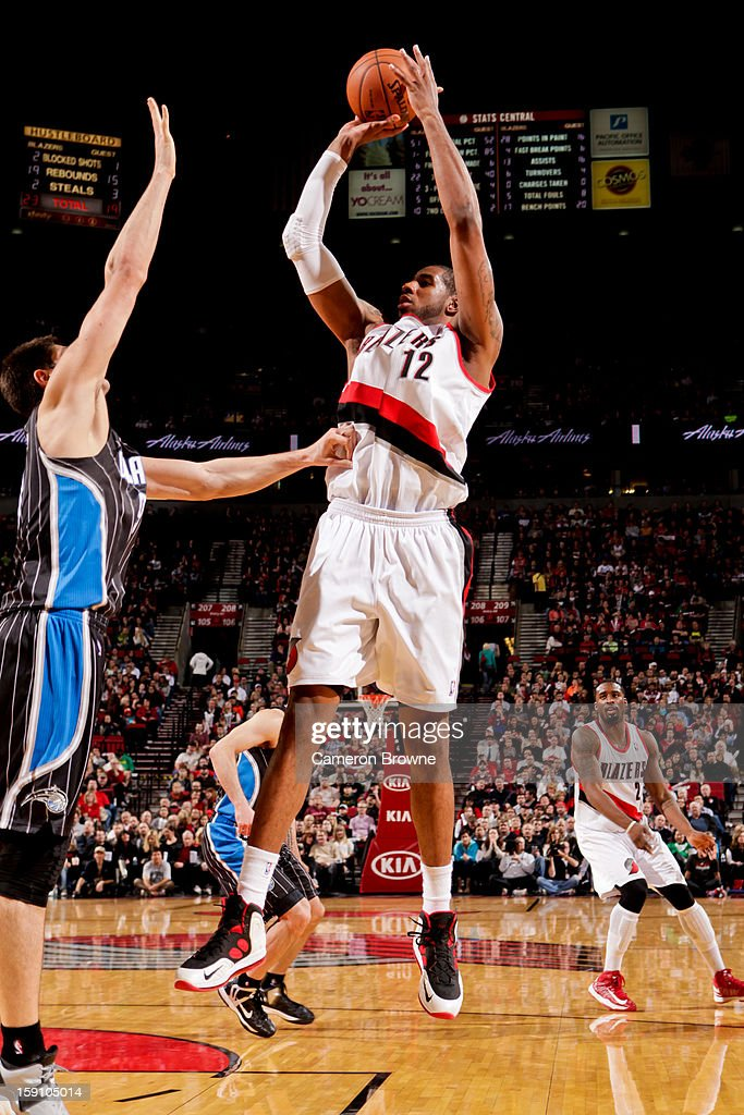 <a gi-track='captionPersonalityLinkClicked' href=/galleries/search?phrase=LaMarcus+Aldridge&family=editorial&specificpeople=453277 ng-click='$event.stopPropagation()'>LaMarcus Aldridge</a> #12 of the Portland Trail Blazers shoots against the Orlando Magic on January 7, 2013 at the Rose Garden Arena in Portland, Oregon.