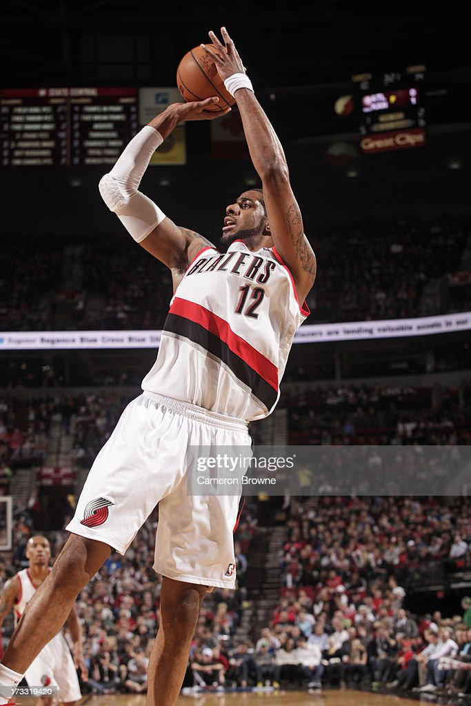 <a gi-track='captionPersonalityLinkClicked' href=/galleries/search?phrase=LaMarcus+Aldridge&family=editorial&specificpeople=453277 ng-click='$event.stopPropagation()'>LaMarcus Aldridge</a> #12 of the Portland Trail Blazers shoots against the Golden State Warriors on April 17, 2013 at the Rose Garden Arena in Portland, Oregon.