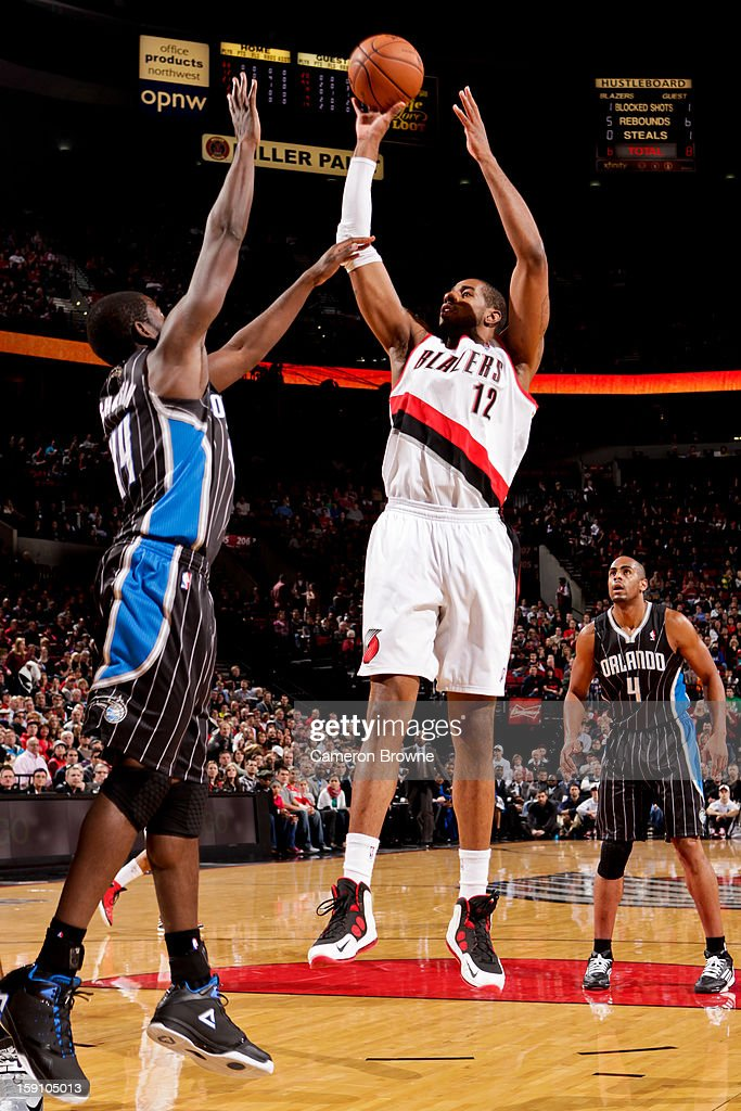 <a gi-track='captionPersonalityLinkClicked' href=/galleries/search?phrase=LaMarcus+Aldridge&family=editorial&specificpeople=453277 ng-click='$event.stopPropagation()'>LaMarcus Aldridge</a> #12 of the Portland Trail Blazers shoots in the lane against Andrew Nicholson #44 of the Orlando Magic on January 7, 2013 at the Rose Garden Arena in Portland, Oregon.