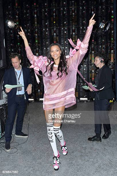 Lameka Fox poses backstage during 2016 Victoria's Secret Fashion Show on November 30 2016 in Paris France