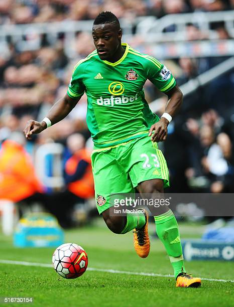 Lamine Kone of Sunderland controls the ball during the Barclays Premier League match between Newcastle United and Sunderland at St James Park on...