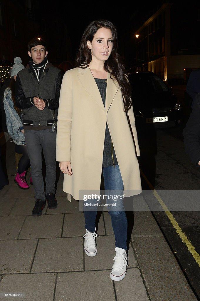 Lana Del Rey arriving at her London hotel on November 27, 2012 in London, England.
