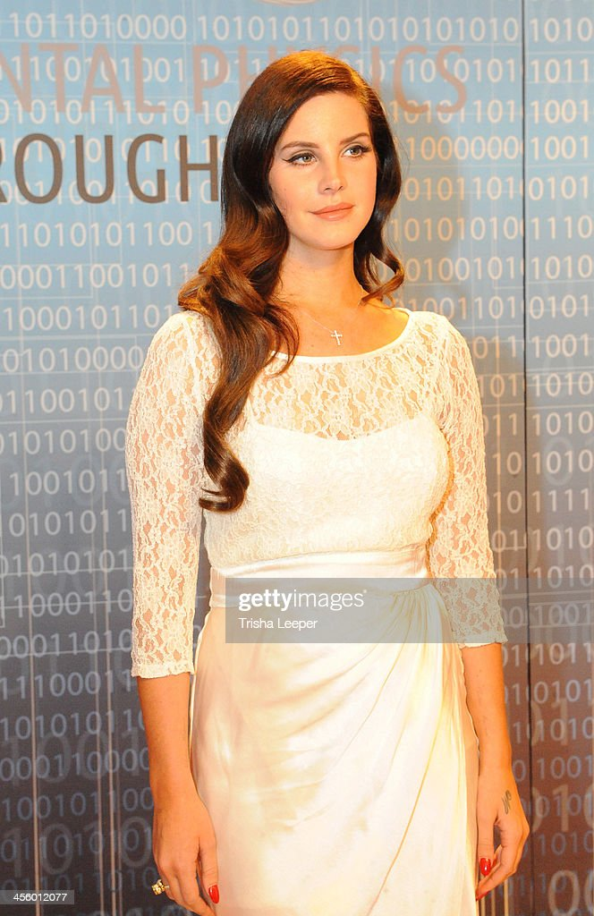 Lana Del Rey attends the Breakthrough Prize Inaugural Ceremony at NASA Ames Research Center on December 12, 2013 in Mountain View, California.