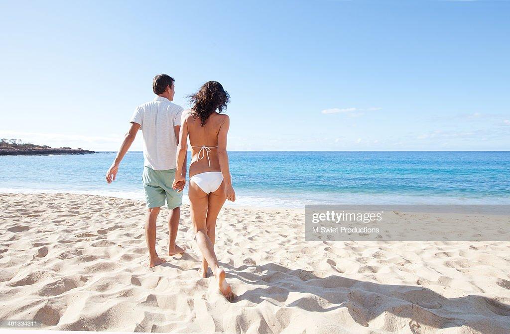 lanai beach couple : Stock Photo
