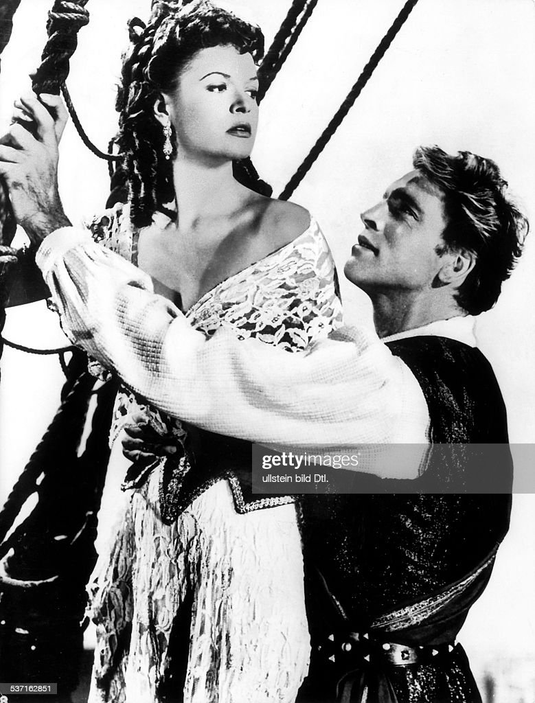 Lancaster, Burt - Actor, USA - (*-+) Scene from the movie 'The Crimson Pirate'' with Eva Bartok Directed by: <a gi-track='captionPersonalityLinkClicked' href=/galleries/search?phrase=Robert+Siodmak&family=editorial&specificpeople=234379 ng-click='$event.stopPropagation()'>Robert Siodmak</a> USA 1952 Produced by: Warner Bros. Pictures Vintage property of ullstein bild