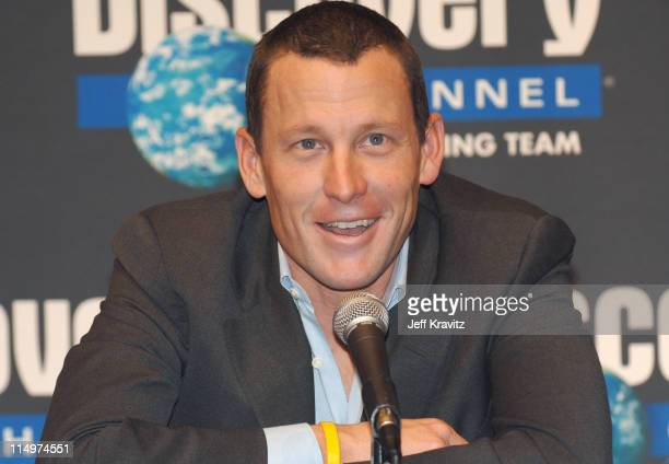 Lance Armstrong during Discovery Channel Presents 2006 Discovery Channel Pro Cycling Team at Museum of Television Radio in Beverly Hills California...