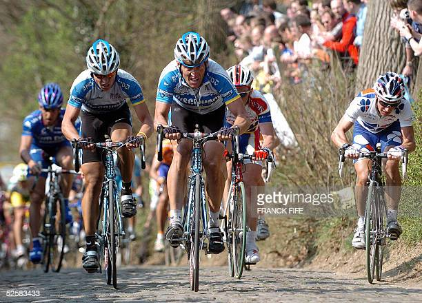 Lance Armstrong rides during the 89th Tour of Flanders cycling race between Brugge and Meerbecke 03 April 2005 Belgian Tom Boonen won ahead of...