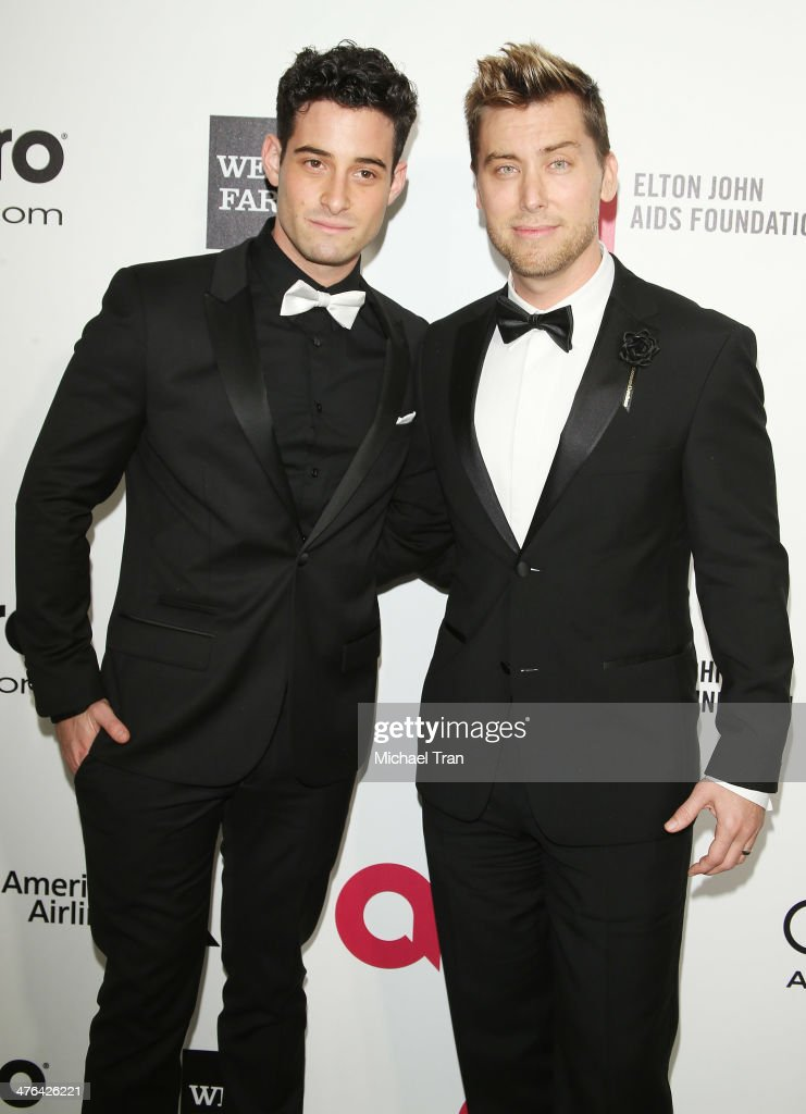 <a gi-track='captionPersonalityLinkClicked' href=/galleries/search?phrase=Lance+Bass&family=editorial&specificpeople=210566 ng-click='$event.stopPropagation()'>Lance Bass</a> (L) and <a gi-track='captionPersonalityLinkClicked' href=/galleries/search?phrase=Michael+Turchin&family=editorial&specificpeople=7817442 ng-click='$event.stopPropagation()'>Michael Turchin</a> arrive at the 22nd Annual Elton John AIDS Foundation's Oscar viewing party held on March 2, 2014 in West Hollywood, California.