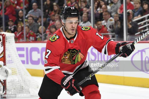Lance Bouma of the Chicago Blackhawks watches for the puck in the first period against the Anaheim Ducks at the United Center on November 27 2017 in...
