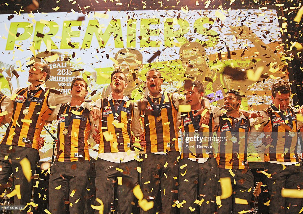 <a gi-track='captionPersonalityLinkClicked' href=/galleries/search?phrase=Lance+Franklin&family=editorial&specificpeople=561332 ng-click='$event.stopPropagation()'>Lance Franklin</a> (C) and the Hawks sing the team song as confetti falls during the Hawthorn Hawks AFL Grand Final post match function at Crown Palladium on September 28, 2013 in Melbourne, Australia.
