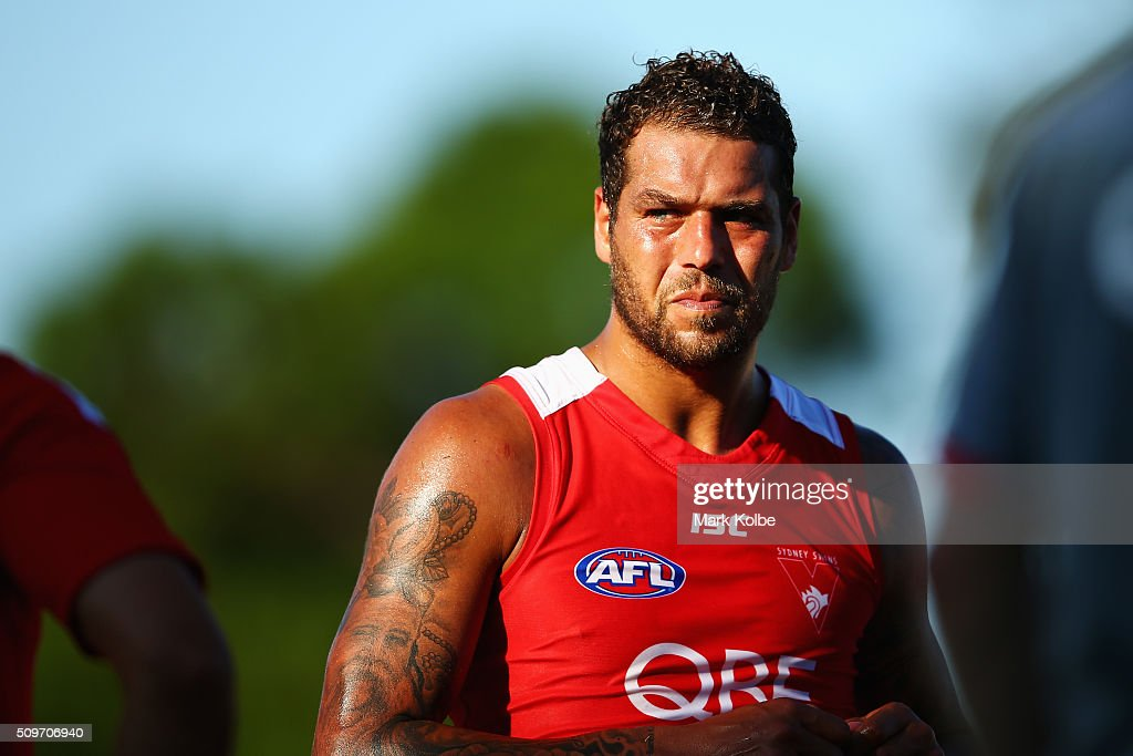 Lance Franklin of the Red Team watches on during the half-time break of the Sydney Swans AFL intra-club match at Henson Park on February 12, 2016 in Sydney, Australia.