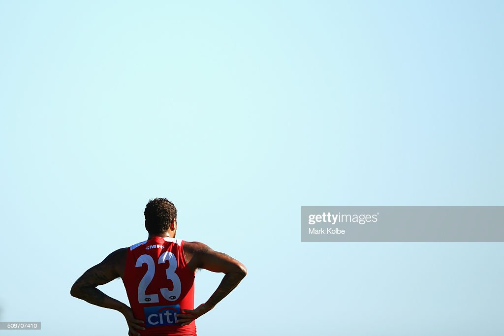 <a gi-track='captionPersonalityLinkClicked' href=/galleries/search?phrase=Lance+Franklin&family=editorial&specificpeople=561332 ng-click='$event.stopPropagation()'>Lance Franklin</a> of the Red Team watches on during the Sydney Swans AFL intra-club match at Henson Park on February 12, 2016 in Sydney, Australia.