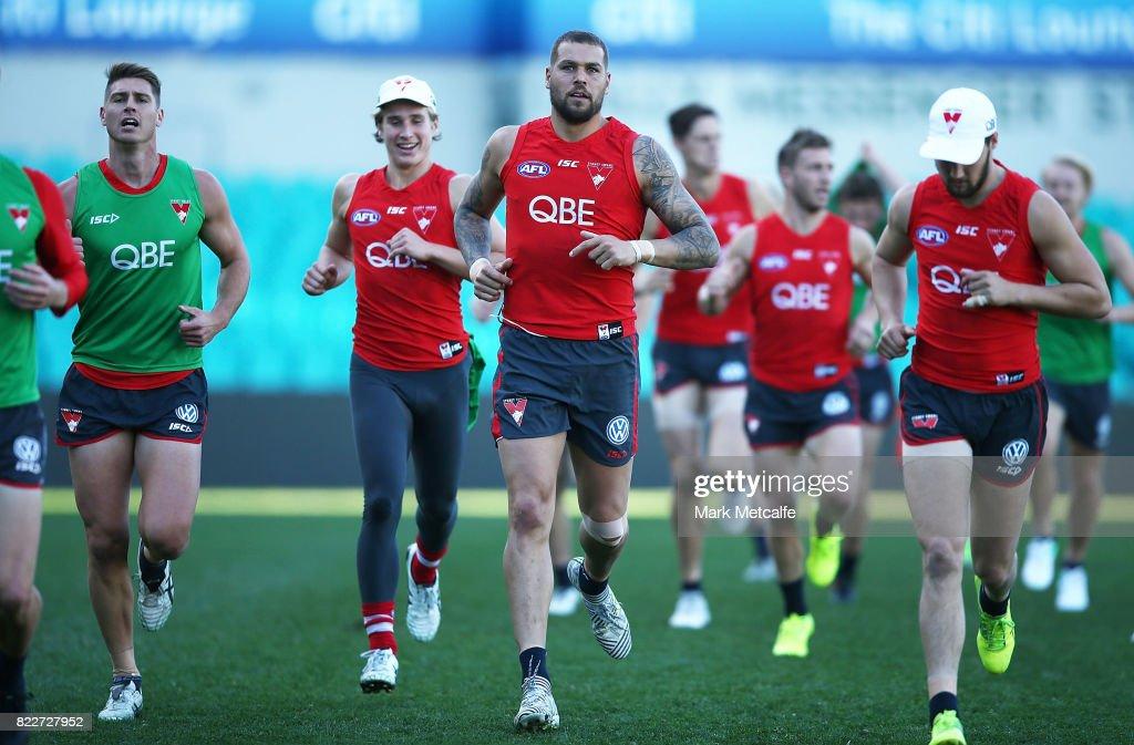 Lance Franklin runs during a Sydney Swans AFL training session at Sydney Cricket Ground on July 26, 2017 in Sydney, Australia.