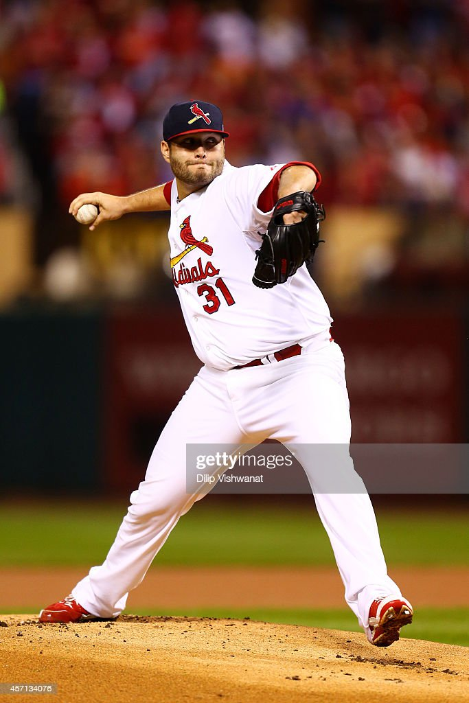 Lance Lynn of the St Louis Cardinals pitches in the first inning against the San Francisco Giants during Game Two of the National League Championship...