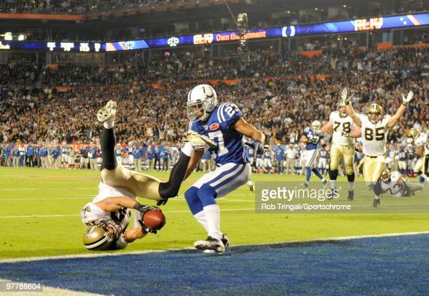 Lance Moore of the New Orleans Saints catches a pass from Drew Brees for a two point conversion against the Indianapolis Colts in the fourth quarter...