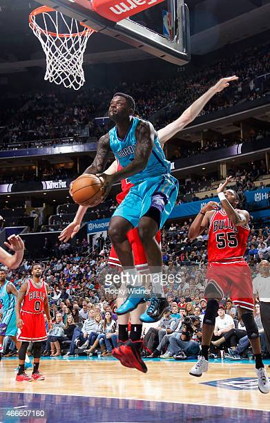 Lance Stephenson of the Charlotte Hornets goes up for the shot against the Chicago Bulls on March 13 2015 at Time Warner Cable Arena in Charlotte...