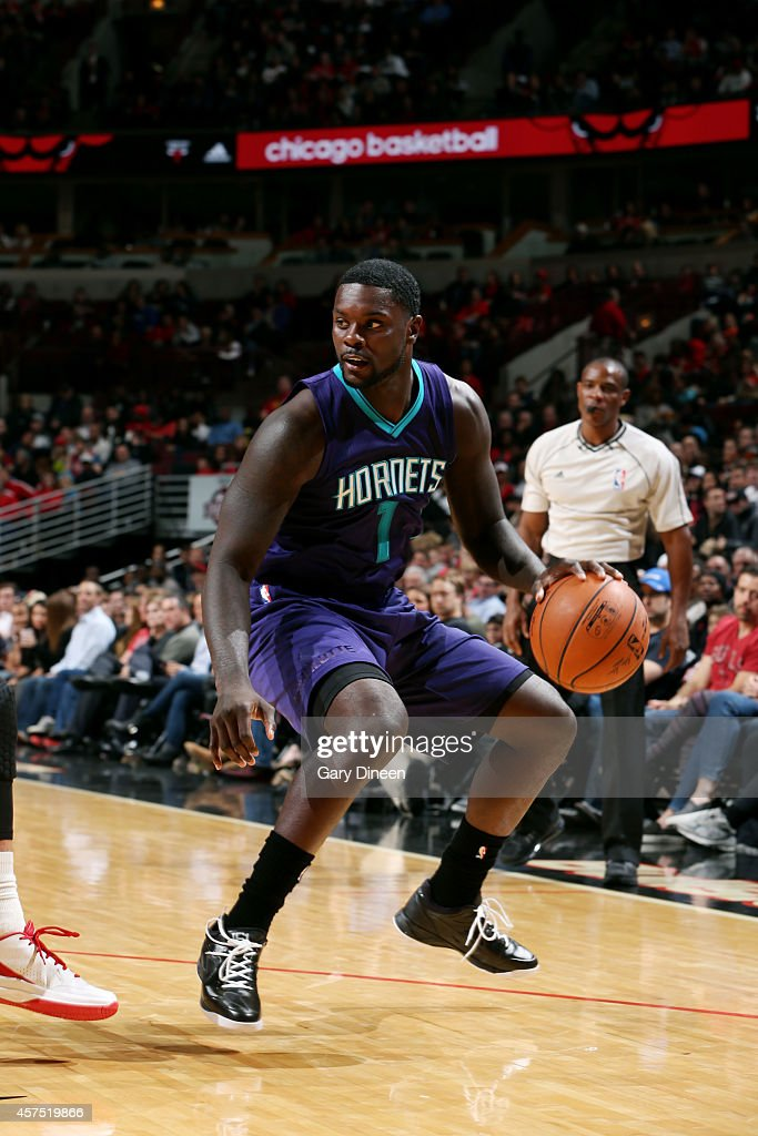 Lance Stephenson of the Charlotte Hornets handles the ball against the Chicago Bulls on October 19 2014 at United Center Chicago Illinois NOTE TO...