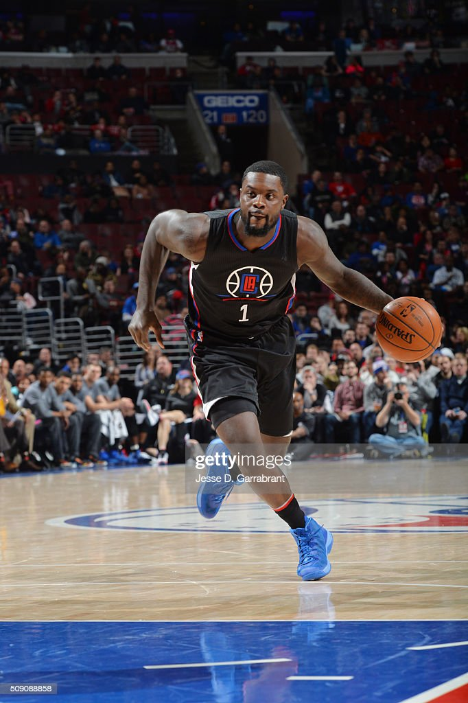 <a gi-track='captionPersonalityLinkClicked' href=/galleries/search?phrase=Lance+Stephenson&family=editorial&specificpeople=5298304 ng-click='$event.stopPropagation()'>Lance Stephenson</a> #1 of the Los Angeles Clippers drives to the basket against the Philadelphia 76ers at Wells Fargo Center on February 8, 2016 in Philadelphia, Pennsylvania