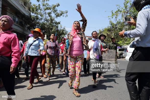 Land rights protesters from Koh Kong province march in Phnom Penh calling for the governments intervention relating to their long running land...